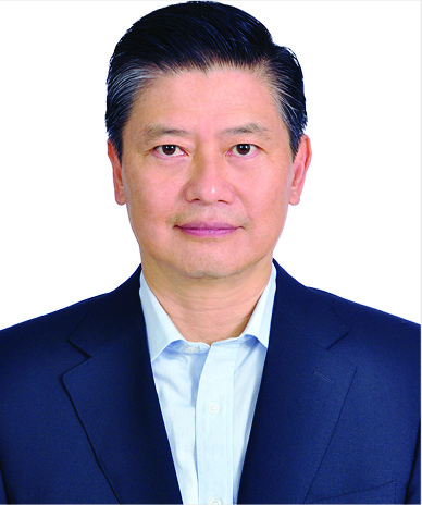 Victor Tsao Fully Employed MBA '86