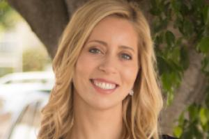 Kristin Glushon (MBA'09) has beenappointed Executive Vice President ofclient development at BrandedEntertainment Network (BEN), whichconnects global brands to consumersthrough the power of popularentertainment.